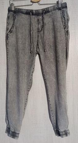 Spodnie damskie Esmara joggery sztuczny jedwab r. 38