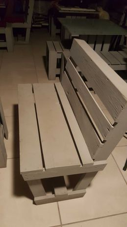 Mesas em paletes com vidro temperado