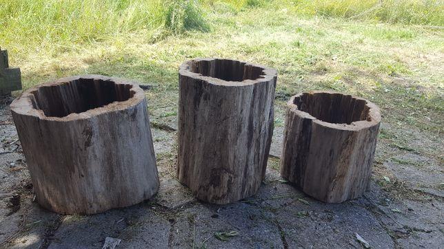 Kwietnik, donica  ze starego drewna.