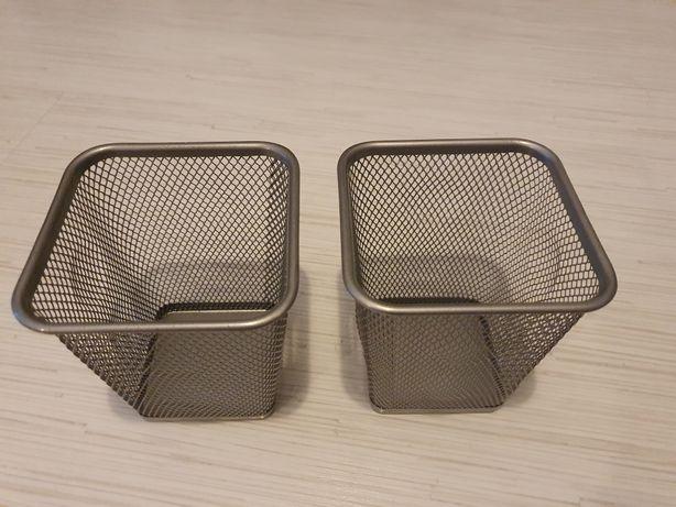 Metalowe koszyczki na biurko