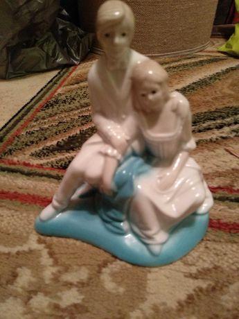 porcelanowa figurka pary