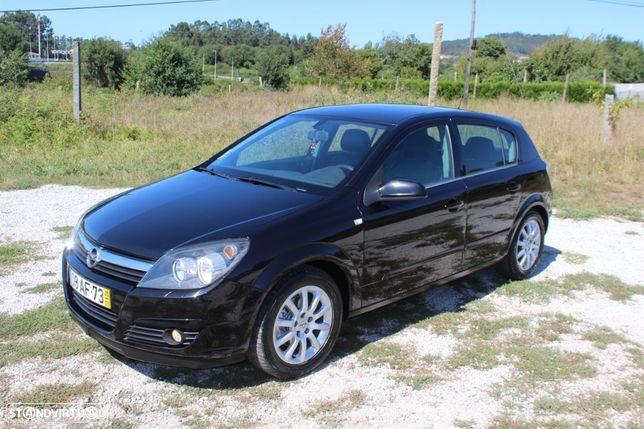 Opel Astra 1.3 CDTi Elegance