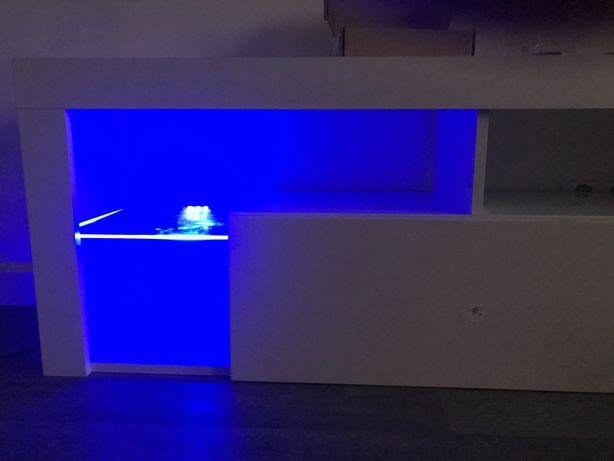 Светодиодная подсветка для тумбы