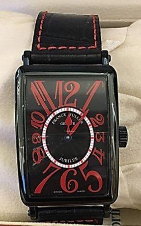 Relógio caixa preta e vermelho, automático