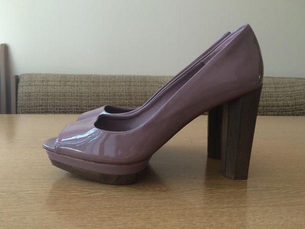 Buty na słupku ZARA 41