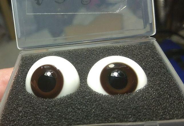 Стекляные глаза Реборн