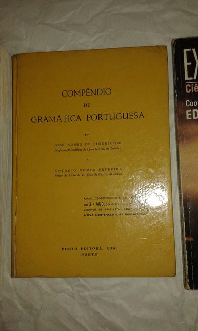Compêndio de Gramática Portuguesa (antiga) - Porto editora