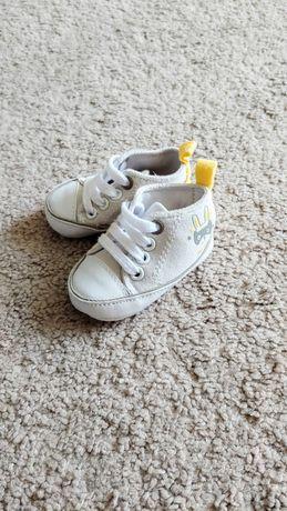 Buty niechodki niemowlęce trampki