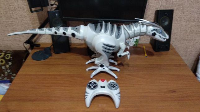 Продам Большого Робота Динозавра