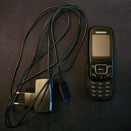 Мобильный телефон Samsung SGH-C300
