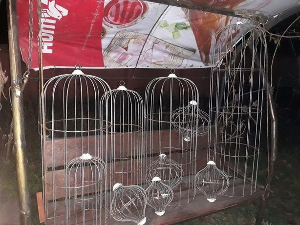 Клетки для попугаев и жывотных декоративные
