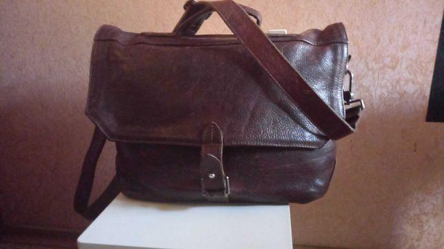 Классическая сумка cowboysbag потрясающая