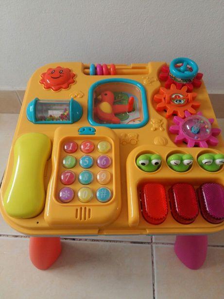 Mesa de brincar