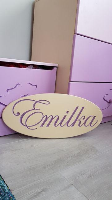 Meblik-napis z imieniem Emilka