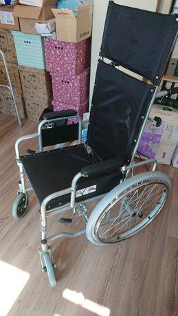 Wózek inwalidzki z podtrzymaniem głowy