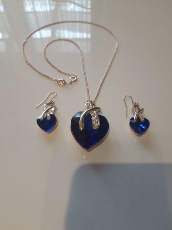 Biżuteria z Niemiec kolczyki naszyjnik zawieszka serce kamień