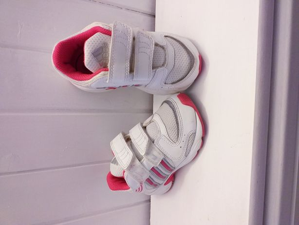 Buty ADIDAS dziewczynka r 23 = 14,5 cm w bardzo dobrym stanie
