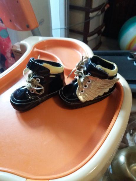 Детские мягкие ботиночки для самых маленьких
