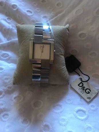 Relógio D&G novo