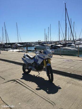 Yamaha XT750Z Super Tenere