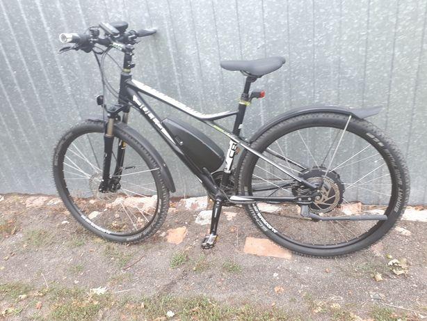 Rower elektryczny Bulls Cross Rider duży zasięg koła 29''