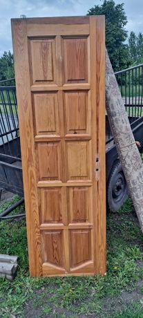 Drewniane drzwi sprzedam