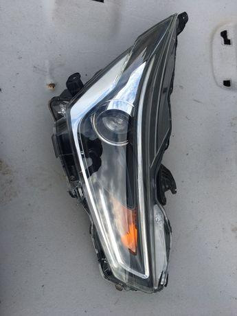Przednia Prawa Lampa Toyota Aygo II 14-15-16r LED