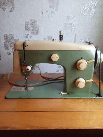 Швейная машинка veritas ножная