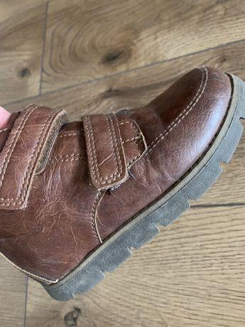 Взуття ботіночки черевики для хлопчика Oshkosh 25 розмір