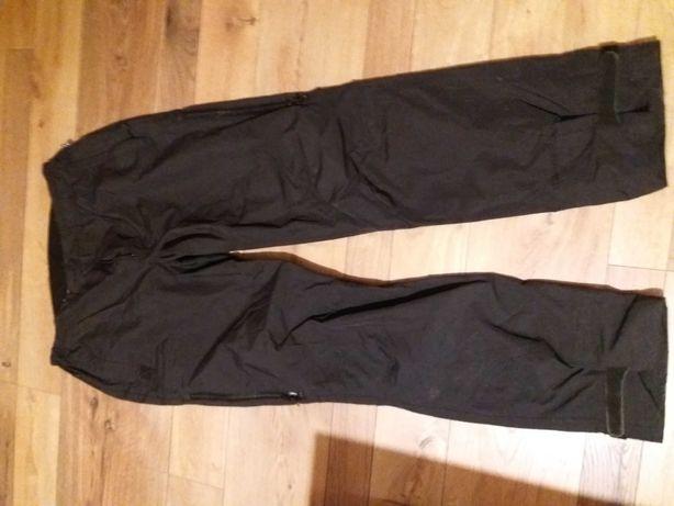 Spodnie przeciwdeszczowe stormberg