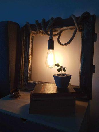 Stare okno rama lampa lampka loft