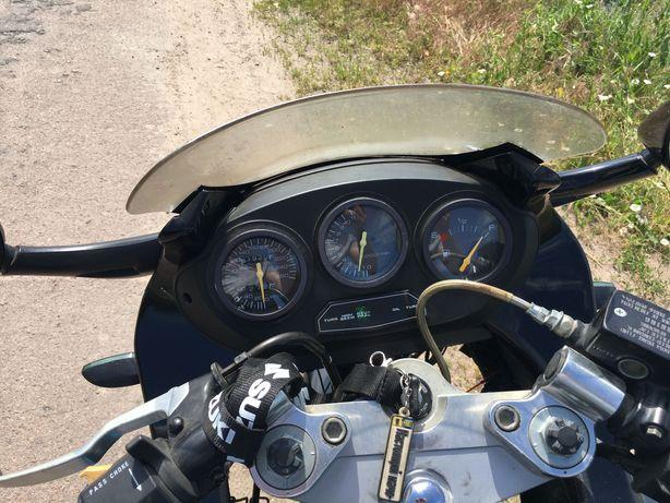 Suzuki GSX600F...