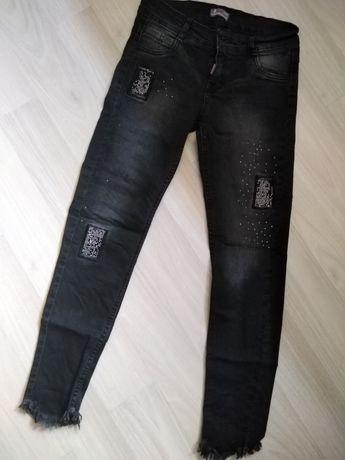 Крутые джинсы со стразами