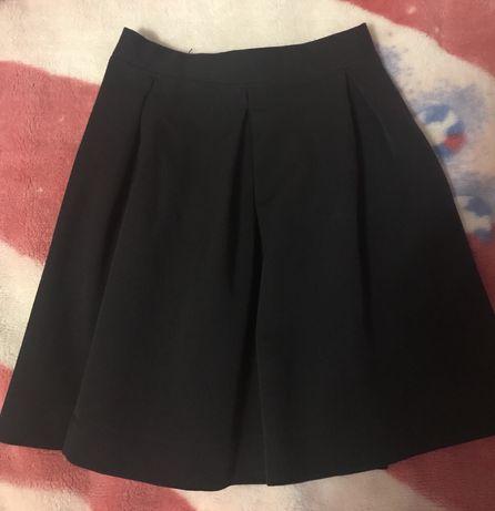 Продам две юбки в школу