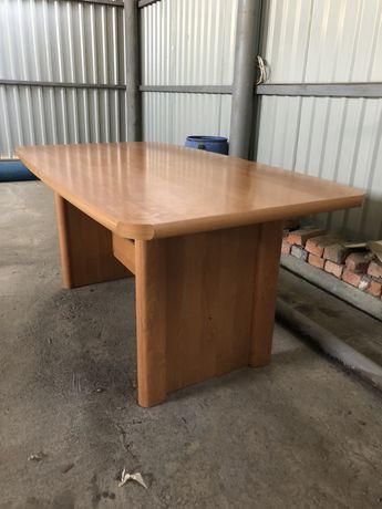 Продається стіл