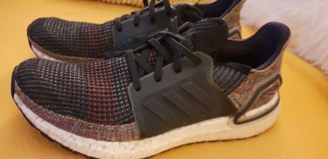 Adidas UltraBoost 19 'Dark Pixel'