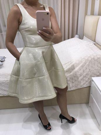 Sukienka złota rozmiar 36