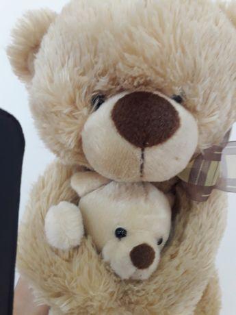 Peluche urso com bebe