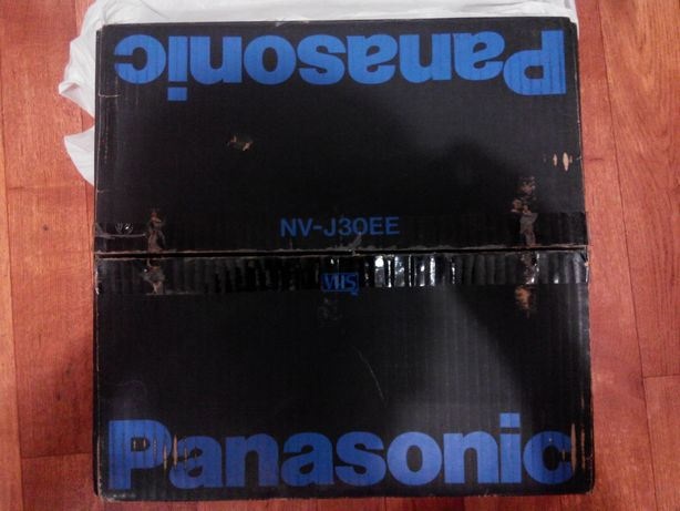 Видеомагнитофон Panasonic NV-J30EE