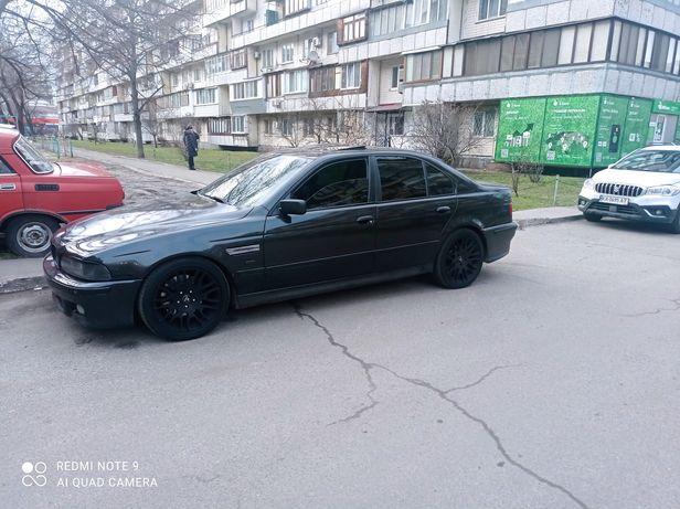 BMW E39 540i PUHKA