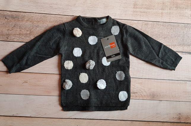sweterek 6/9msc nowy