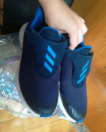 Кросовки,кроси adidas,puma Адідас