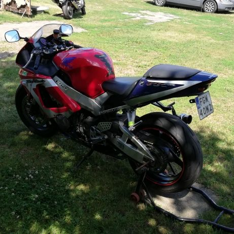 Honda cbr 929 RR fireblade
