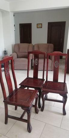 Sprzedam 6 zdobionych, drewnianych krzeseł