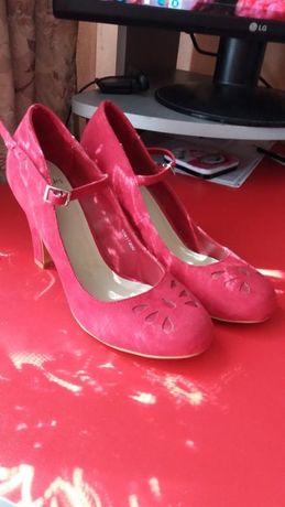 Bинтажные замшевые туфли