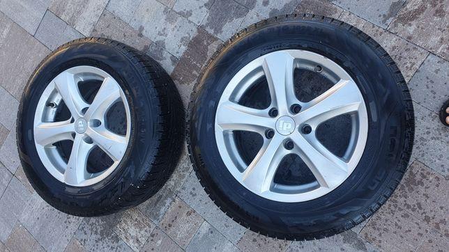 Комплект колёс 215/65 r16 Nokian на дисках 5×114.3