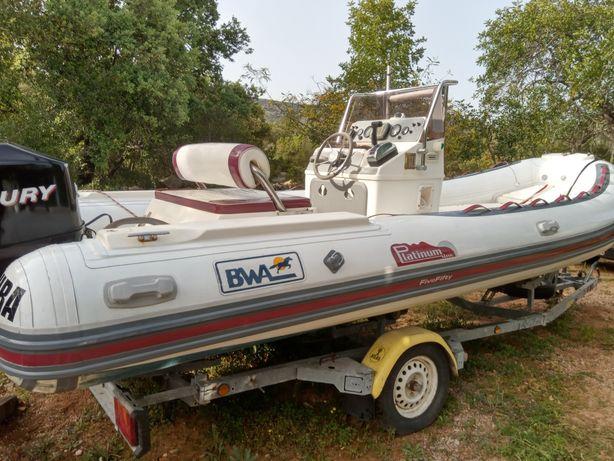 Reparação de barcos e flutuadores