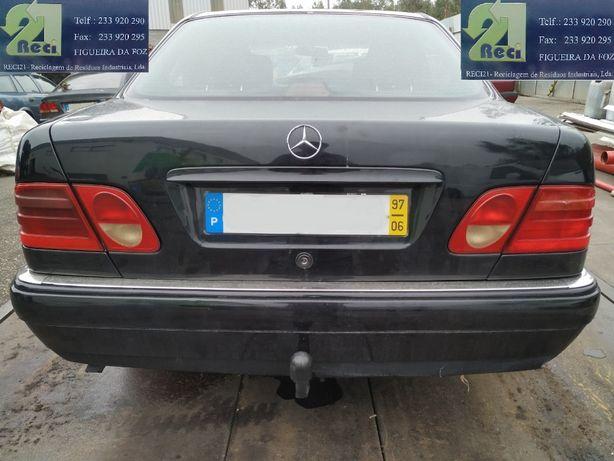 Mercedes-Benz E 220 de 1997 para Peças