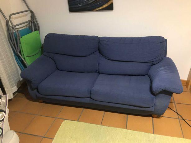 Sofá-Cama Azul Escuro usado
