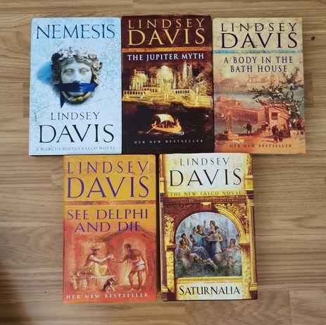 Livros inglês Lindsay Davis/Lee Child/John Sandford/Bernard Cornwell